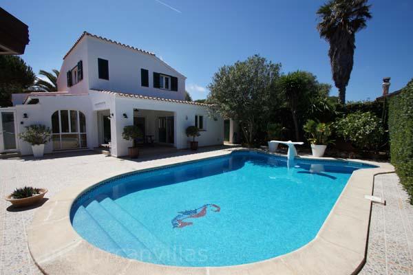 Villas To Rent In Calan Bosch